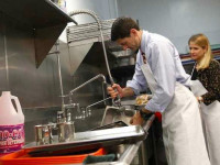 Od zaraz praca Anglia jako pomoc kuchenna na zmywaku Londyn