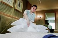 Oferta pracy w Holandii dla pokojówki przy sprzątaniu w hotelu Amsterdam