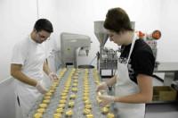 Bez znajomości języka Anglia praca w Londynie przy pakowaniu ciastek 2015