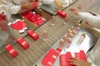 Ogłoszenie pracy w Niemczech dla par bez języka Stuttgart pakowanie perfum