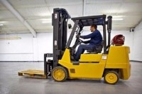 Praca w Niemczech na magazynie w Stuttgarcie operator wózka widłowego (z uprawnieniami UDT)